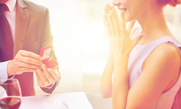 Il bon ton del fidanzamento: quando l'amore incontra la tradizione